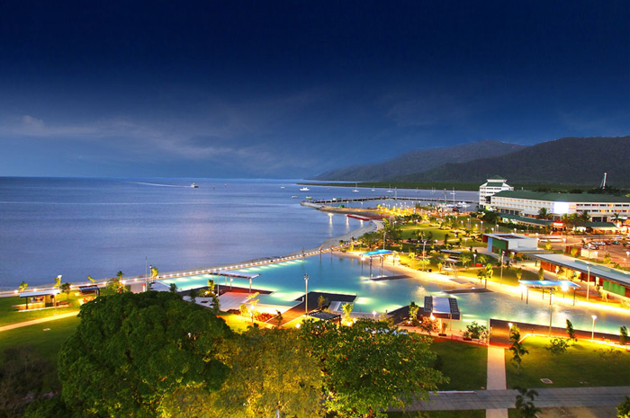 feature image for Cairns Night tours